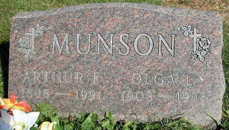 MUNSON, OLGA L. - Dodge County, Wisconsin   OLGA L. MUNSON - Wisconsin Gravestone Photos