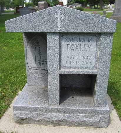 FOXLEY, SANDRA M. - Kewaunee County, Wisconsin   SANDRA M. FOXLEY - Wisconsin Gravestone Photos